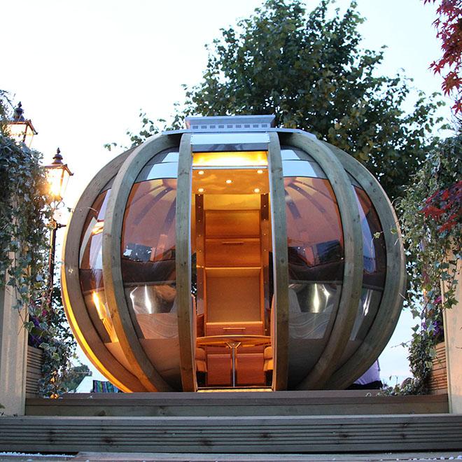 Modern Pod-style Summerhouse
