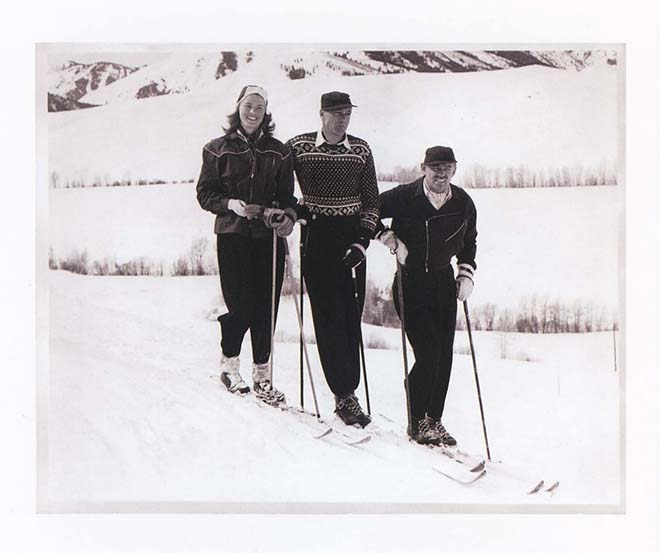 Gary Cooper Skiing in a Xmas Jumper